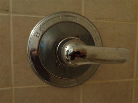 size  ellen wrench    removing delta faucet