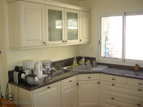 bain cuisine evier d angle cuisine ikea peinture faience salle de bain