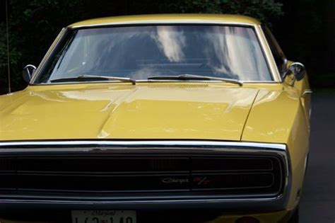 buy   dodge charger rt   pack yellow