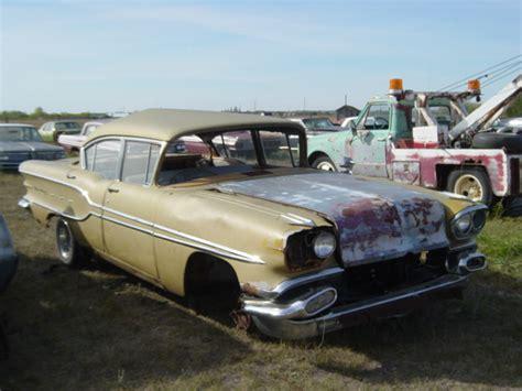 1958 Pontiac Strato Chief 4DR Sedan Ref606