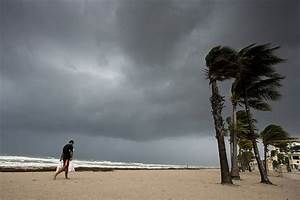 Hurricane Irma Regains Strength As It Closes In On Florida