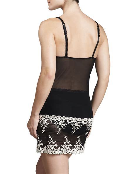 wacoal embrace lace chemise  knickers  hyde park