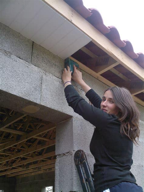 lambris pvc sous les d 233 bords de toit le de et aur 233