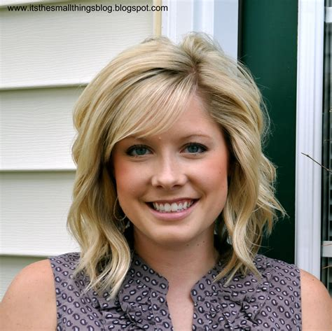 Curling Hairstyles For Medium Hair by How To Curl Your Hair With A Curling Iron The Small