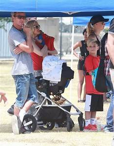 Apollo Rossdale Pictures - Gwen Stefani & Family Watching ...