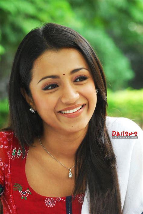 Entertainment Online Com Famous Tamil Actress Trisha
