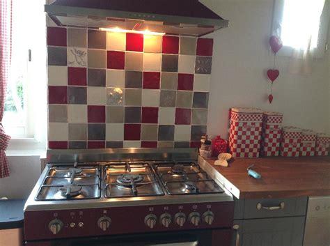 credence ou carrelage cuisine faïence et carrelage mural de cuisine carreaux
