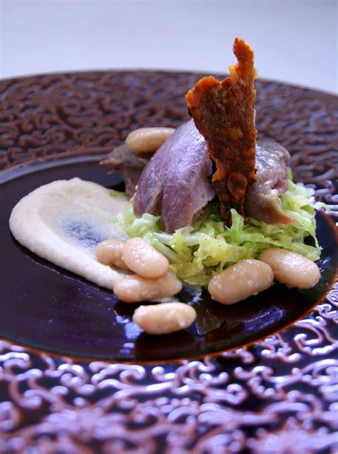 confit de canard maison haricots blancs en deux fa 231 ons 224 la cannelle salade de chou au yuzu et