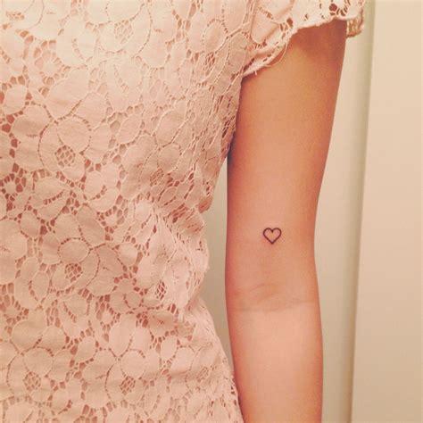 oberarm innenseite frau 40 best ideas skin tatoeages tatoeage idee 235 n und vrouw tatoeages