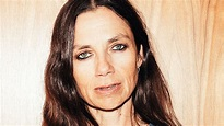 Justine Bateman on her new book, 'Fame: The Hijacking of ...