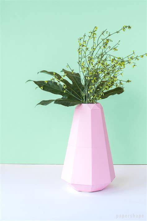 Papier Vasen Basteln Mit Liebe Bestickt by Diy Vase Aus Papier Im Origami Look Vorlage Papershape
