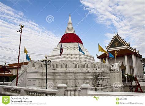wat poramaiyikawas temple pak kret nonthaburi editorial