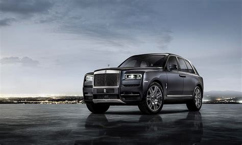 rolls royce cullinan rolls royce cullinan first national geographic clips