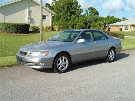 lexus sedan 2001 sell used 2001 lexus es300 base sedan 4 door 3 0l in port