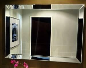 Mit Spiegel Amazing Einen Ganzen Raum Komplett Schwarz