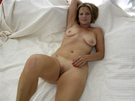 Hot Nasty Milf 27579 Hot American Milf Gilf Great Legs 4