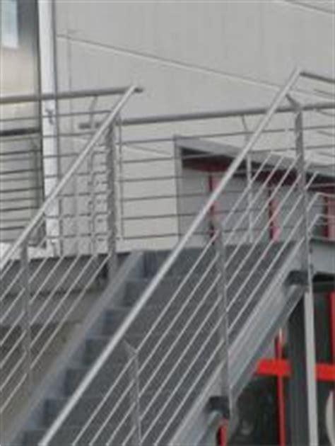 holzplatten für aussenbereich stahltreppe f 195 188 r den au 195 ÿenbereich bauunternehmen