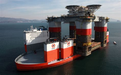 Dockwise Vanguard, World's Largest Heavy