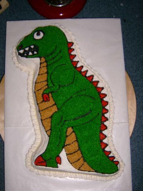 ideas  dinosaur cake pan  pinterest