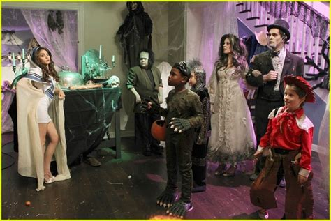 list of modern family episodes sized photo of modern family episode 11 photo 2485629 just jared