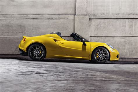 2015 Alfa Romeo 4c Msrp by 2015 Alfa Romeo 4c Coupe Vehie