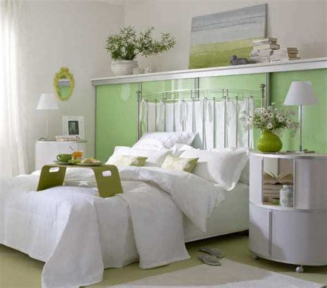 Decorating Ideas For A Small Bedroom On A Budget by 20 Small Bedroom Designs That Feel Airy And Comfortable