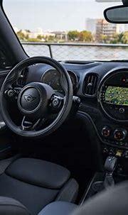 MINI Countryman hybrid interior & comfort | DrivingElectric