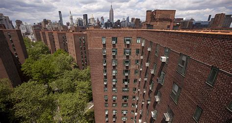 Blackstone Buying Nyc Apartment Complex For 53b