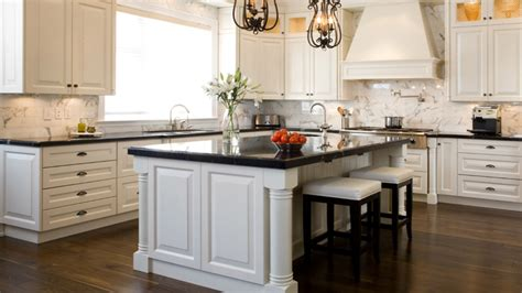 kitchen with black countertops and white cabinets vintage kitchen with white cabinets and black countertop 9849