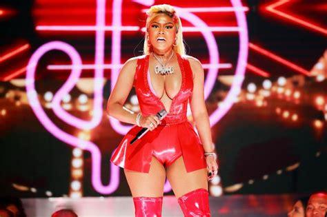 Nicki Minaj Meets Fans After Show Canceled Due To Arena