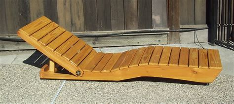 chaise longue en bois outdoor chaise lounge made from pallet wood all