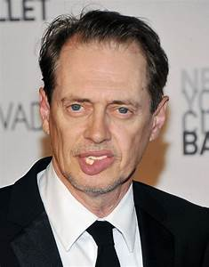 Angelina Jolie with Steve Buscemi's eyes : funny