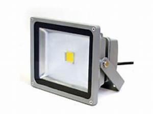 Projecteur Led 12v : projecteur led rvb 12v 10w 140 degres contact la lumiere led ~ Edinachiropracticcenter.com Idées de Décoration