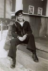 Duty Calls: Former Navy corpsman to receive Bronze Star ...