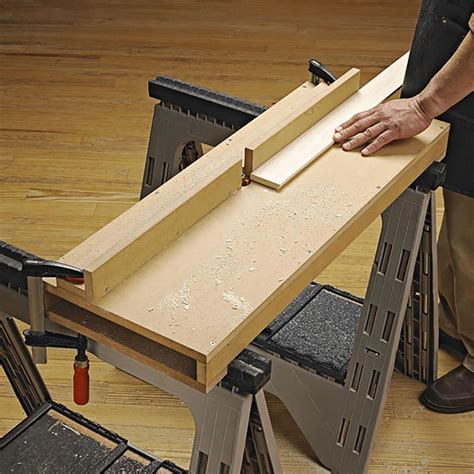 portable router table woodworking plan  wood magazine