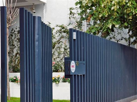 minimalist fence design  front yard  ideas