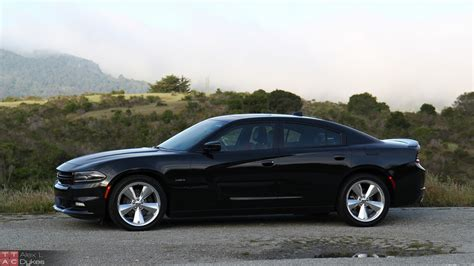 2015 Dodge Charger R/t Road And Track Review (with Video