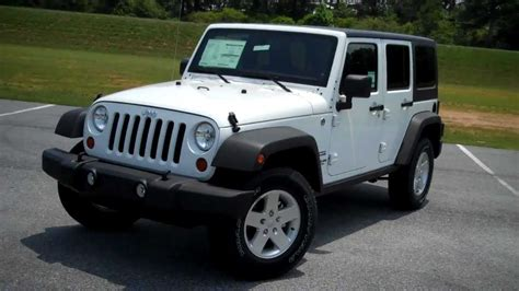 jeep chrysler white new 2011 jeep wrangler unlimited sport at troncalli