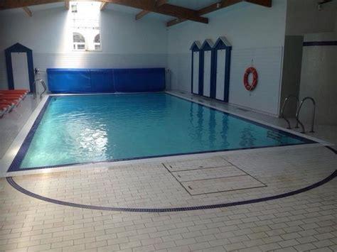 piscine de l h 244 tel photo de ibis styles saint gilles