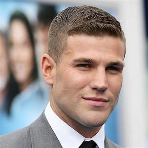 Tapered Ivy League Quality Mens Haircuts Hairstyles ...