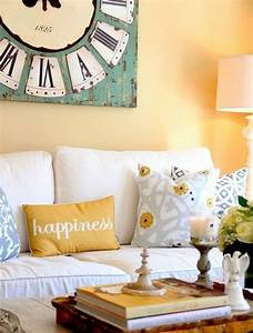 idee peinture salon affordable couleur peinture salon With attractive quelle couleur avec le turquoise 5 peinture 6 couleurs deco pour un salon super chic