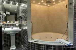 emejing salle de bain a petit jacuzzi gallery With salle de bain orientale