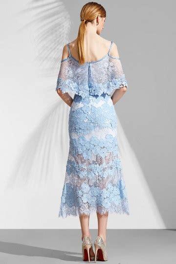 robe bleu pastel pour mariage robe dentelle bleu pastel florale avec fines bretelles