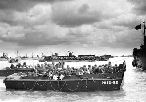 D Day Boats by Normandy Landing Craft Lcvp Higgens Boats Lcvp Landing
