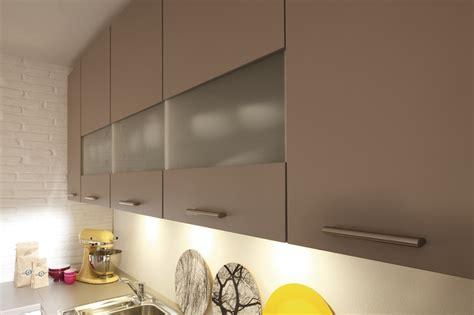 lumiere sous meuble haut cuisine lumiere sous meuble haut cuisine trendy meuble haut cm porte spoon color coloris gris vente de