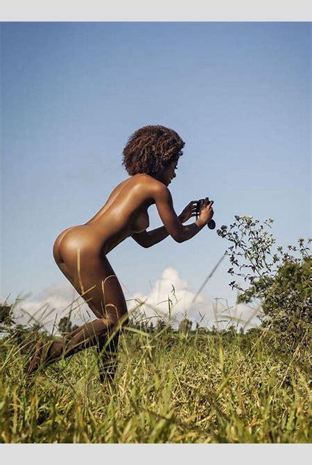 Ivi Pizzott - Sexy Nude Photoshoot for Playboy Brazil