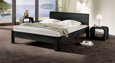 Bett In Z.b. 120x200 Cm Größe Aus Massivholz