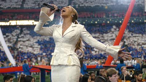 Beyonce's Secret Album Set To Debut At No 1 Cnncom