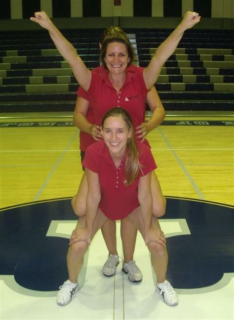 cheerleading stunts  beginners cheerleading info center