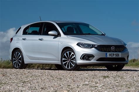 Fiat Tipo by Fiat Tipo 1 6 Diesel Review Pictures Auto Express